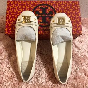 Tory Burch Clines Ballet - Bleach/Gold Size 6